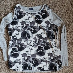 GAP flower print long sleeve shirt